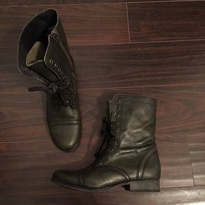 Steve Madden Army Green Leather Boots