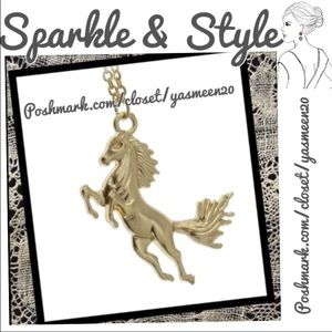 Jewelry - Gold tone horse necklace 🌟NEW LISTING 🌟