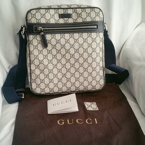 79928527804d Gucci Bags | Sold Authentic Gg Supreme Messenger Bag | Poshmark