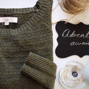 LOFT Speckled green sweater