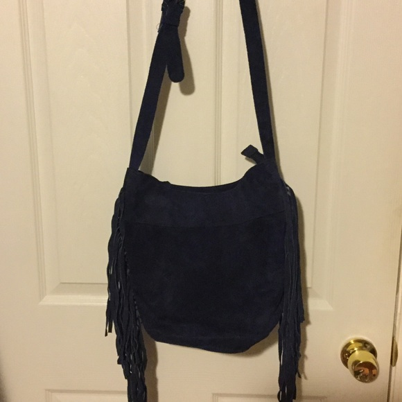 d34f70de0e Ecote Urban outfitters crossbody bag. M 568f1e1999086a195300ba05