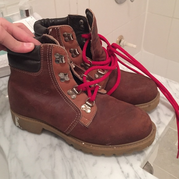 Timberland Boots With Red Laces