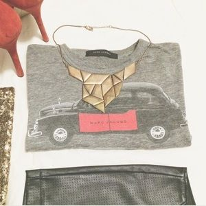 Marc Jacobs Tops - Marc Jacobs London Taxi Tee Shirt