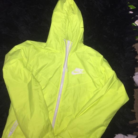072ab005b144 nike neon windbreaker jacket Sale