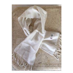 1960's vintage Japan acrylic fringe ivory scarf
