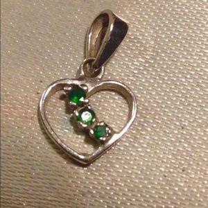 Jewelry - Emerald necklace