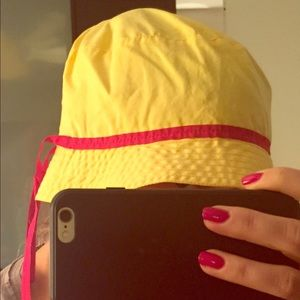 Prada yellow and red bucket cotton hat size m