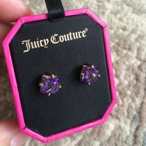 NWT Juicy Couture pyramid stud earrings