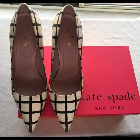 86dd3ab7999a kate spade Shoes - Kate Spade Larisa Heels