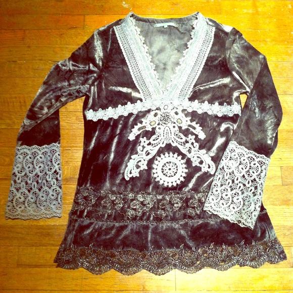 Passion Concept Tops - Velvet glam tunic