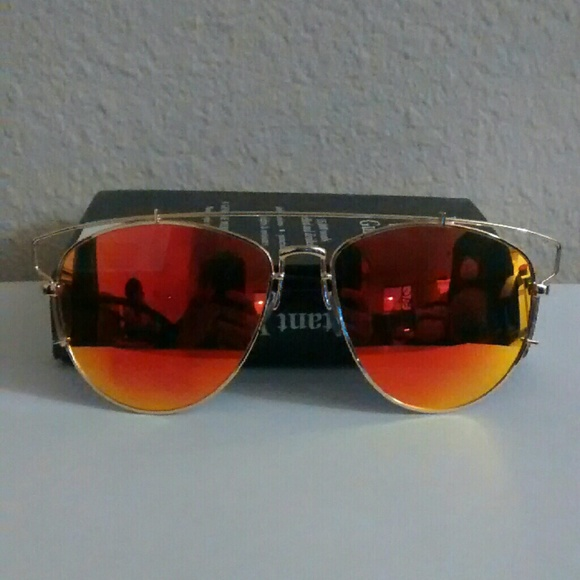 b2903b8e9cef Red Sunset Sunglasses. M 56905bc6f0137dad1e02ba7d