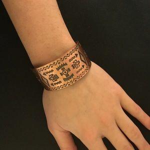 Jewelry - Tribal cuff
