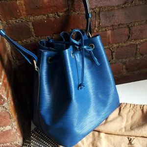 Authentic Louis Vuitton Petite Epi Noe Blue