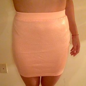 H&M sequence pink skirt