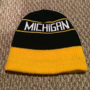 Accessories - Vintage style Michigan Wolverines hat
