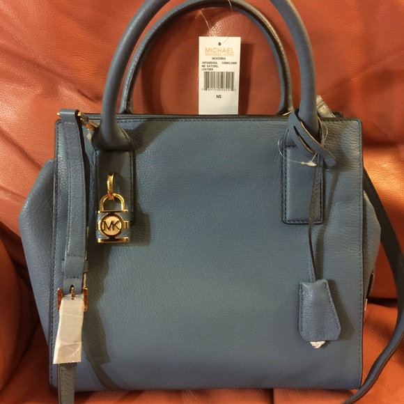 7200f0db7810 Rare Tiffany Blue Michael Kors Authentic Bag.
