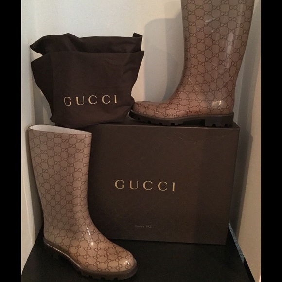 4593a5cc474 Gucci Shoes - GUCCI Edimburg GG Mid-Calf Transparent Rain Boot