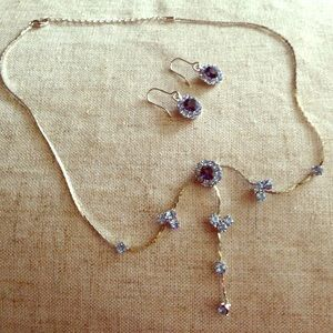 Jewelry - Holiday Sale -Set w/silver necklace & earrings