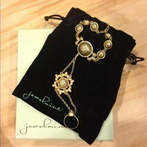 Jewelmint Jewelry - Jewelmint Raj bracelet