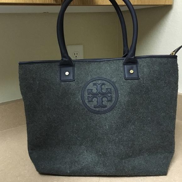 9280dc4054fb Tory Burch Felted Wool tote bag. M 56914fd2729a661beb039ee1