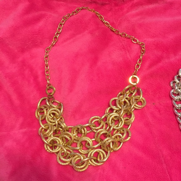 Jewelry - Lot of 2 heavy chain necklaces. 1 silver & 1 gold.