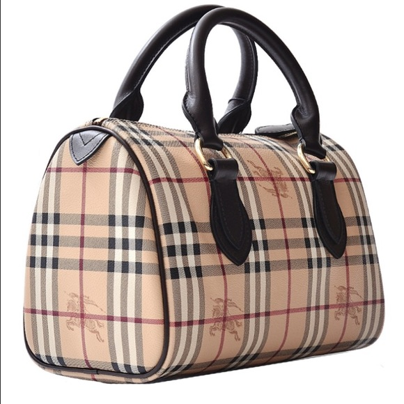 """Burberry handbags""的图片搜索结果"