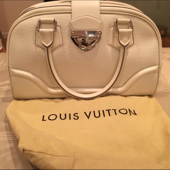 Louis Vuitton Epi Leather Bowling Montaigne GM 961c2f229e23f