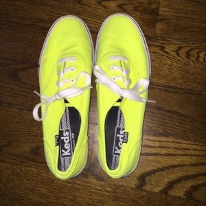 neon yellow keds
