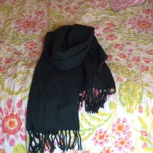 Other - Warm Scarf w/ fringes