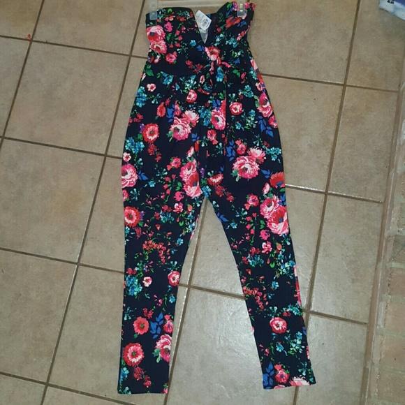 4e989146ec0 Agaci floral romper never worn!