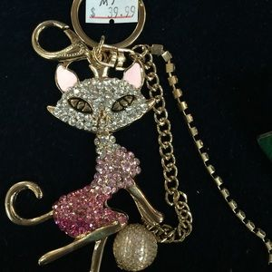 Other - Crystal Pretty cat key chain