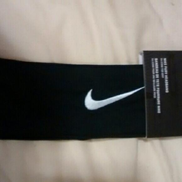 One Nike headband - PRICE FIRM cdc1b0d788b
