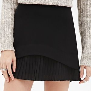 Black layer pleated skirt