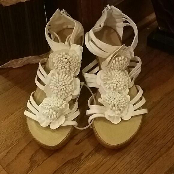 Goodys shoes white flower wedges poshmark m569177c087dea078db03d20c mightylinksfo