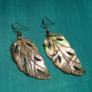 Jewelry - Mother-of-pearl earrings