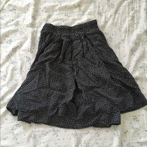 Brandy Melville Daisy Printed Skirt
