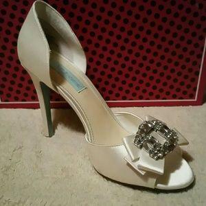 Betsey Johnson bling dyeable bridal shoe