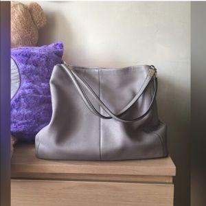 Coach Handbags - Final Sale🙌🎁Elegant Coach Leather  bag