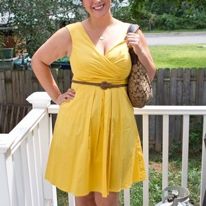Jessica Simpson Yellow V-Neck Dress with Belt