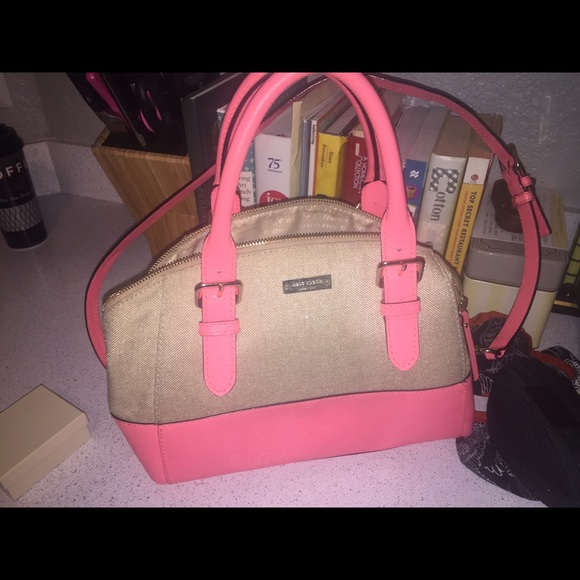 kate spade Handbags - Kate spade purse