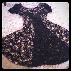Jersey/Lace Floral Dress