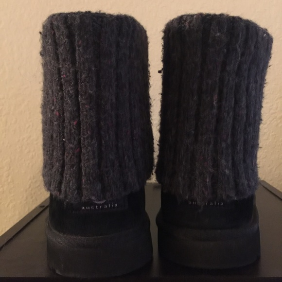 3641154ec5c *LOWEST PRICE DROP* Black uggs with knit top