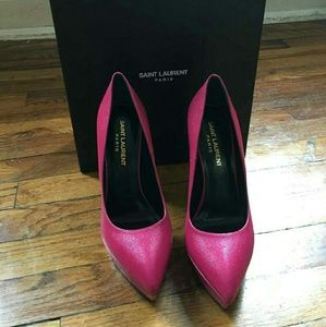 Yves Saint Laurent Shoes - NIB Yves Saint Laurent Janis Fuchsia Pumps