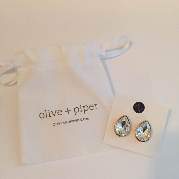 2db620c6c Olive & Piper Jewelry | Nwt Olive Piper Dewdrop Crystal Studs | Poshmark