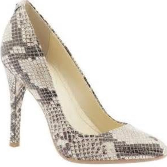 big clearance sale limited style perfect quality Calvin Klein snakeskin pumps as 9 NWT