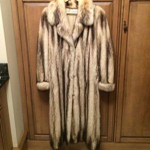 ❤️Nubia long fur coat. ❤️SALE❤️LOWEST PRICE!!