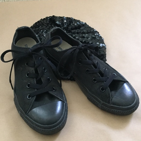 all black converse low