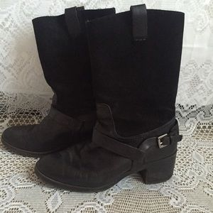 🚚 MOVING SALE! Ralph Lauren Boots