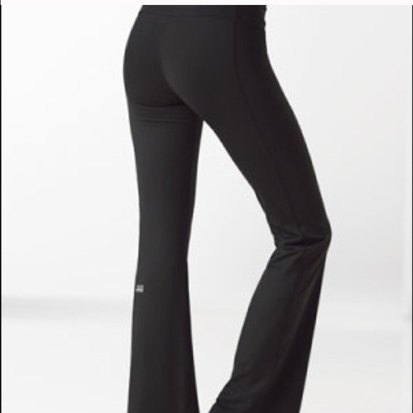 c1fab3800533a Victoria's Secret VSX supermodel slim yoga pants