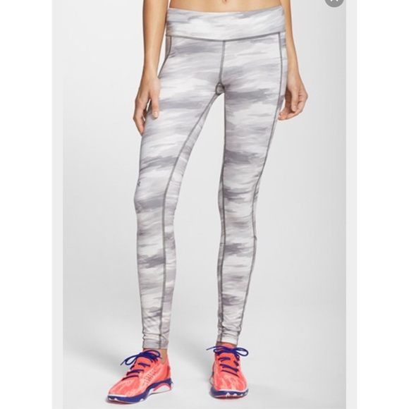 bef9ae6c4dc624 Under Armour Pants | Nwt Ua Coldgear Grey White Camo Leggings | Poshmark